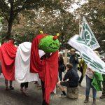Demonstration zur Rettung der Gleueler Wiese